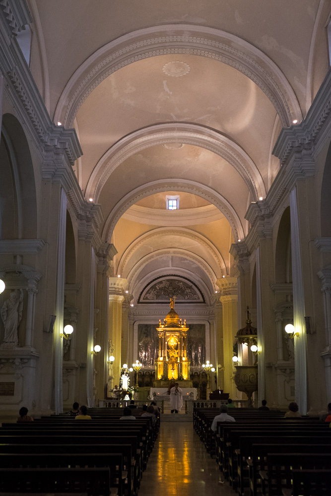 León Cathedral interior