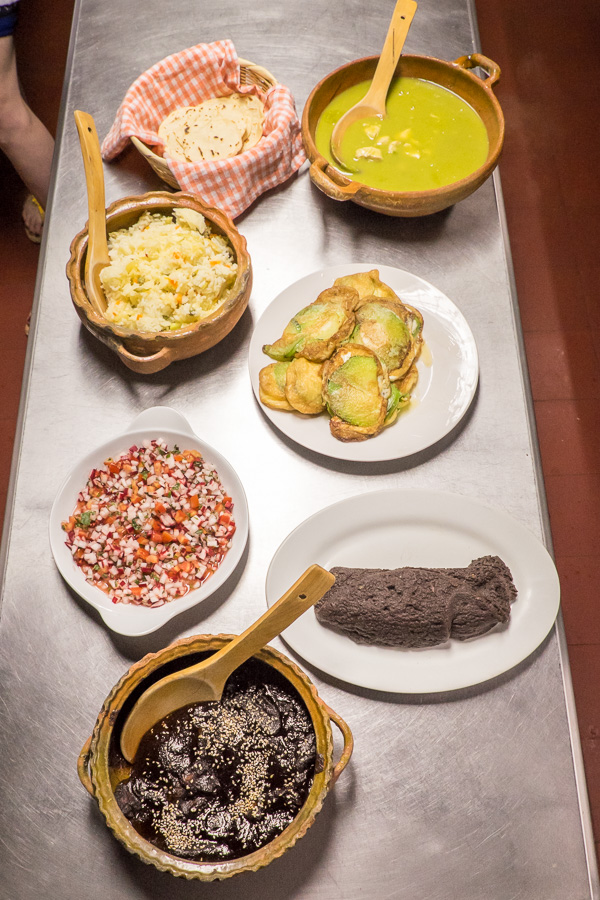 El Frijol Feliz cooking workshop - Antigua, Guatemal