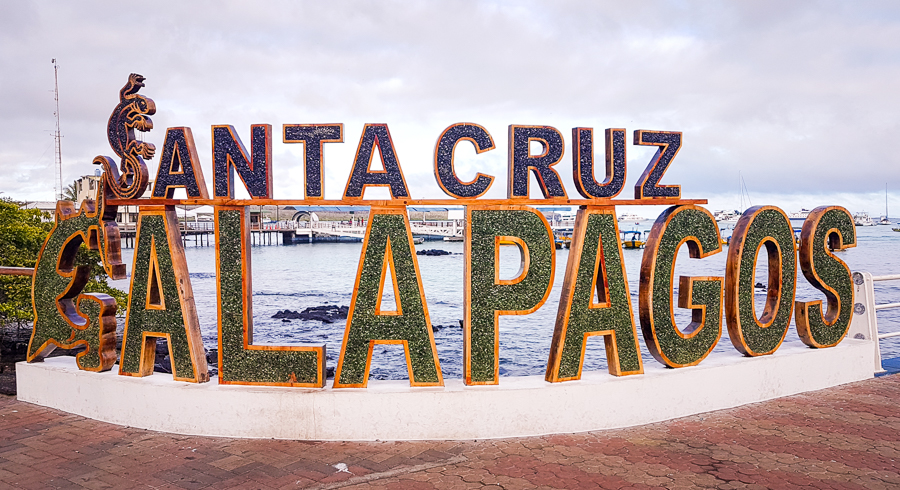 Welcome to Santa Cruz, Galapagos sign