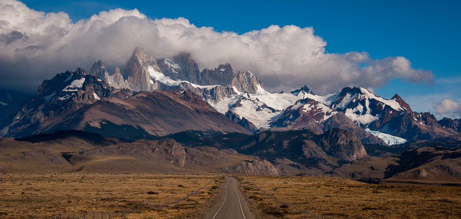 Approaching El Chaltén and the Fitz Roy massif