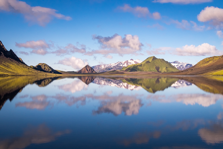 Almost perfect reflections in Lake Álftavatn - Volcanic Trails - Central Highlands, Iceland
