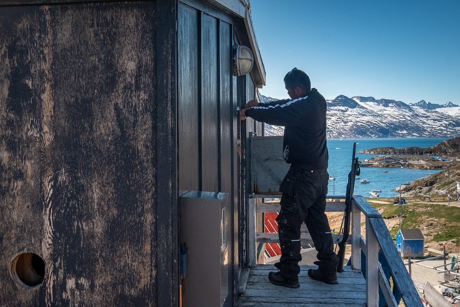 Breaking into our hut in Kuummiut - East Greenland