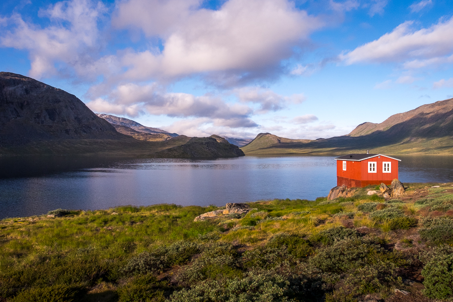 Innajuattoq II (the Lake House) overlooking the lake - Arctic Circle Trail - West Greenland
