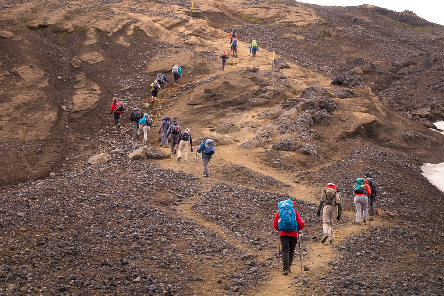 Climbing above the Devil's Crest - Laugavegur Fimmvörðuháls Trail - Icelandic Highlands