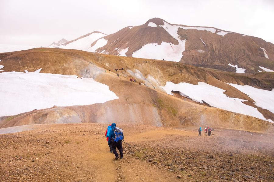 Crowds on the Laugavegur Trail - Icelandic Highlands