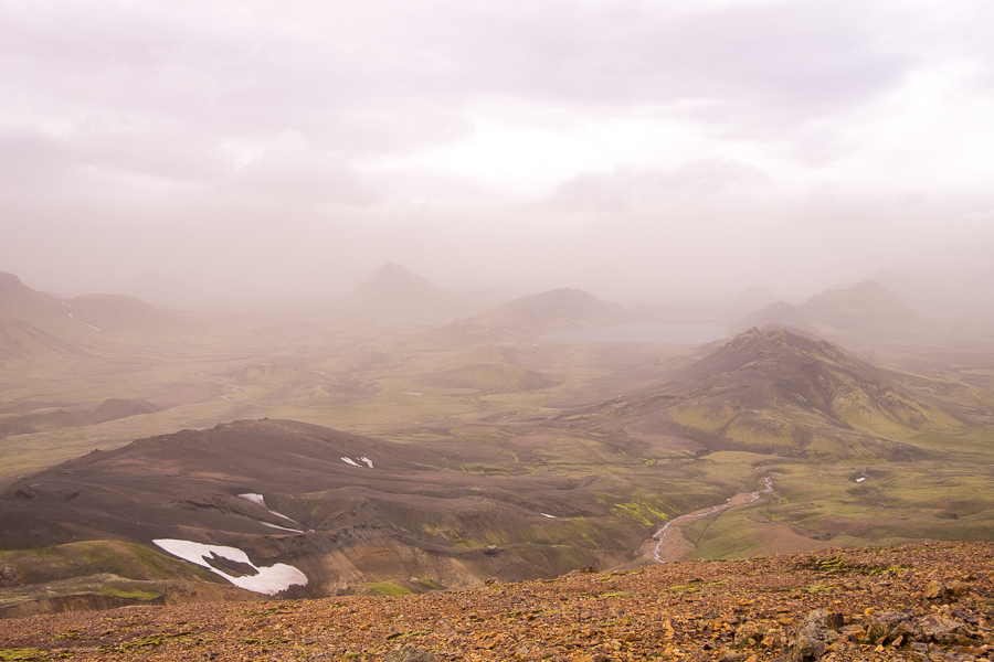 Foggy view over Álftavatn Lake - Laugavegur Trail - Icelandic Highlands