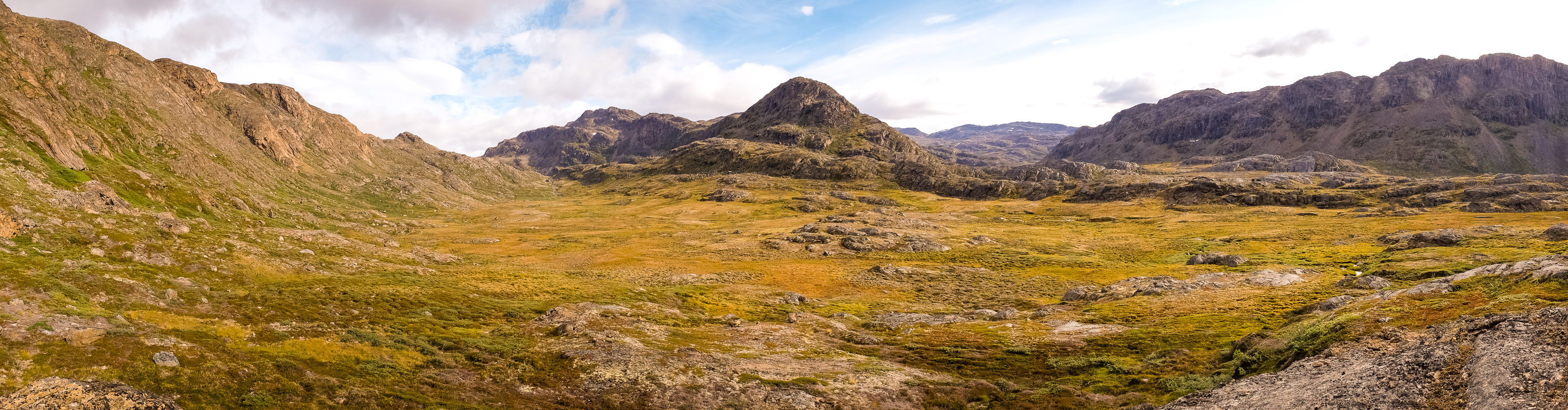 Panorama of the valley leading to the UFO -  Sisimiut UFO hike - West Greenland