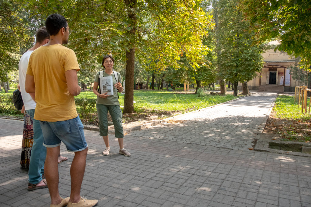 Talking about Bishkek parks - Kyrgyzstan - history walking tour